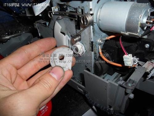 r1390 喷墨打印机报错维修方法