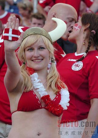 丹麦舞蹈美女素颜照